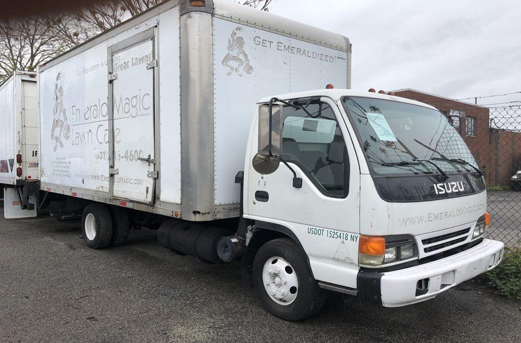 2000 Isuzu NPR 16′ Box Diesel