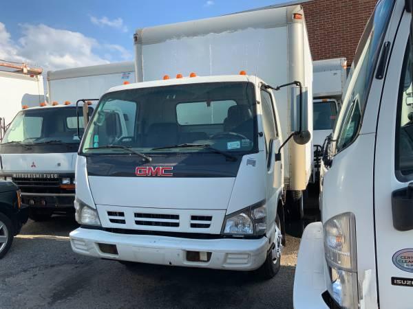 2007 GMC W4500 12ft Box Truck